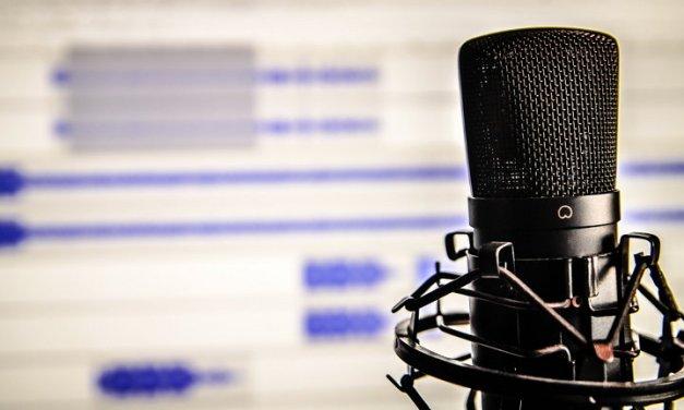 5 de los mejores podcasts en español sobre Ciencia y Tecnología