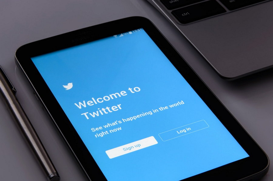 Twitter filtrará los mensajes escritos por 'trolls'