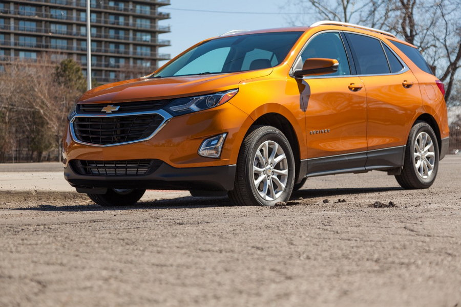 2018 Chevy Equinox - Temporada de Baches
