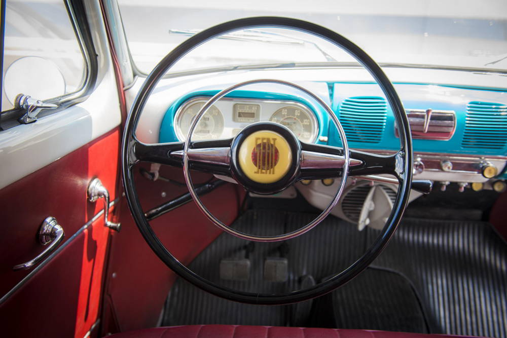 SEAT 1400 - Años 50 - Volante