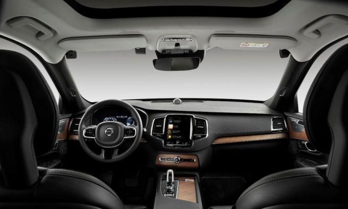 Volvo Cars - Evitar Accidentes - Cámaras y Sensores en el Interior del Vehículo