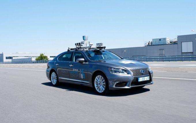 Toyota Motor Europa - Conducción Autónoma - Lexus LS