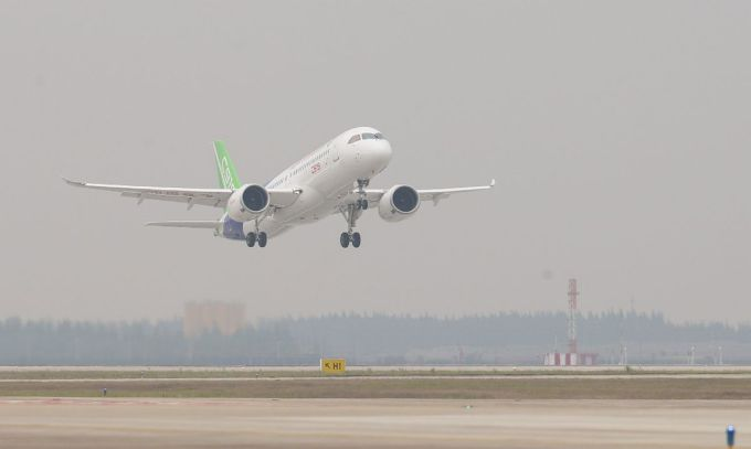 COMAC C919 - Primer avión de pasajeros construido en China