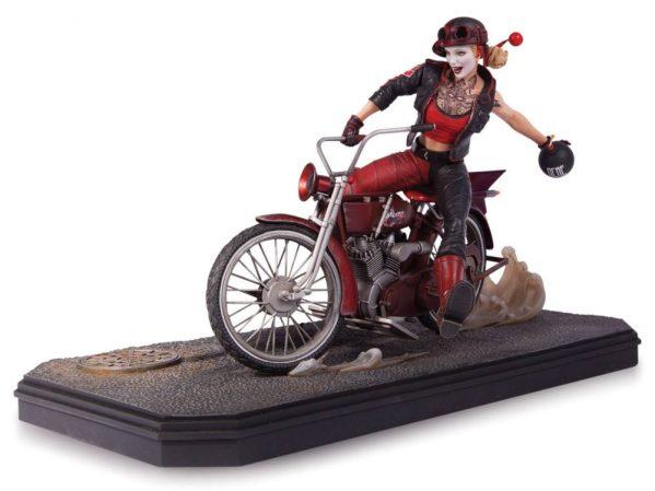 x_dccapr150346 Gotham City Garage Szobor - Statue Harley Quinn 22 cm