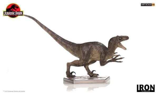 x_is77363 Jurassic Park Art Scale Szobor - 1/10 Velociraptor Attack 31 cm