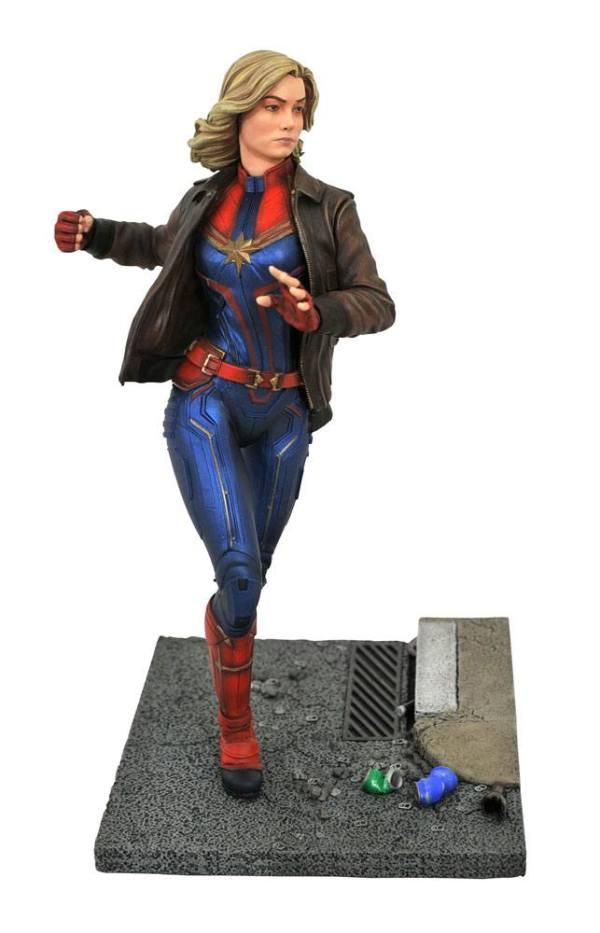 Captain Marvel Marvel Movie Premier Collection Szobor - Captain Marvel 28 cm