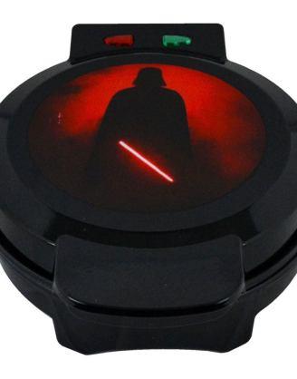 x_uncb11475 Star Wars - Darth Vader gofrisütő V2