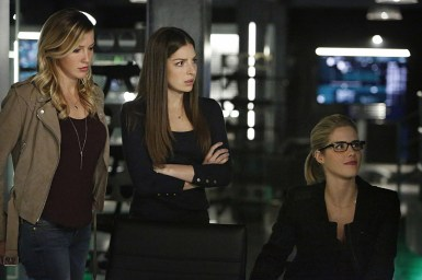 """Arrow -- """"Taken"""" -- Image AR415b_0205.jpg -- Pictured (L-R): Katie Cassidy as Laurel Lance/Black Canary, Anna Hopkins as Samantha, and Emily Bett Rickards as Felicity Smoak -- Photo: Bettina Strauss/ The CW -- © 2016 The CW Network, LLC. All Rights Reserved."""