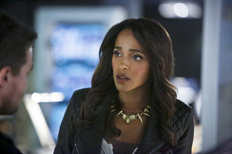 """Arrow -- """"Taken"""" -- Image AR415b_0256b.jpg -- Pictured (L-R): Stephen Amell as Oliver Queen / The Green Arrow and Megalyn E.K. as Vixen -- Photo: Bettina Strauss/ The CW -- © 2016 The CW Network, LLC. All Rights Reserved."""