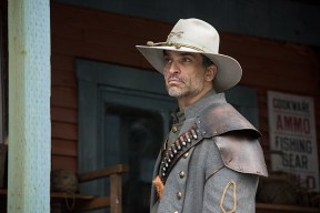"DC's Legends of Tomorrow -- ""The Magnificent Eight""-- LGN111b_0153.jpg -- Pictured: Johnathon Schaech as Jonah Hex -- Photo: Dean Buscher/The CW -- © 2016 The CW Network, LLC. All Rights Reserved"