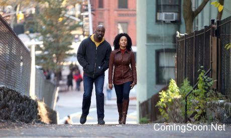 "NEW YORK, NY - NOVEMBER 16: Mike Colter and Simone Missick filming Marvel's ""The Defenders"" on November 16, 2016 in New York City. (Photo by Steve Sands/GC Images)"