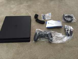 PlayStation-4-Slim_3