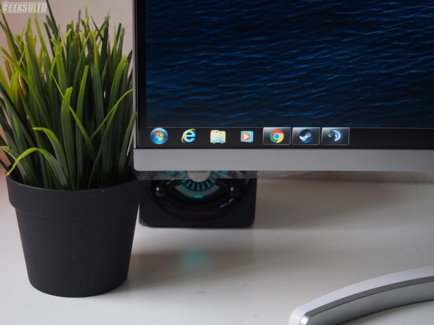 """Acer ED273A 27""""144Hz Monitor Review: An Amazing 9 Monitor"""