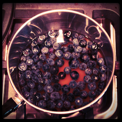 blueberries-boiling