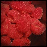 DIY Raspberry Simple Syrup Recipe