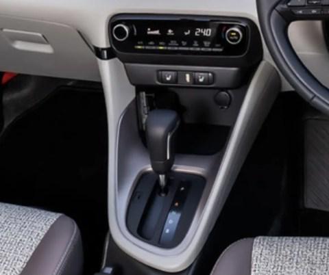 3eq159z-480x402 【悲報】トヨタ自動車さん、コンパクトカーが日産とホンダに比べて手を抜き過ぎ