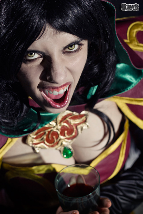 Carmilla from Castlevania Lord of Shadows 2 Cosplay