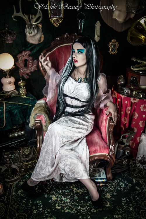 Lily Munster Cosplay