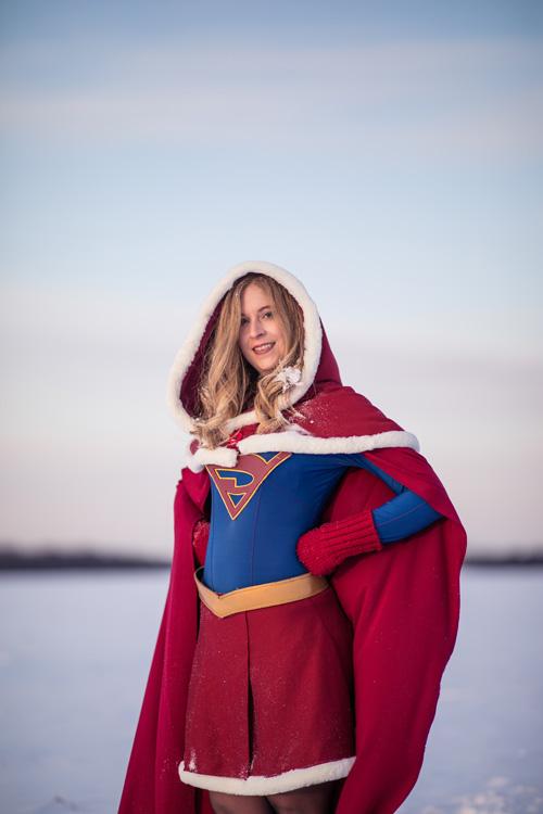 Christmas Supergirl Cosplay