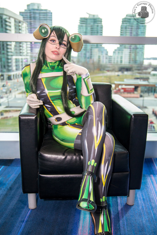 Froppy the Frog Girl Cosplay