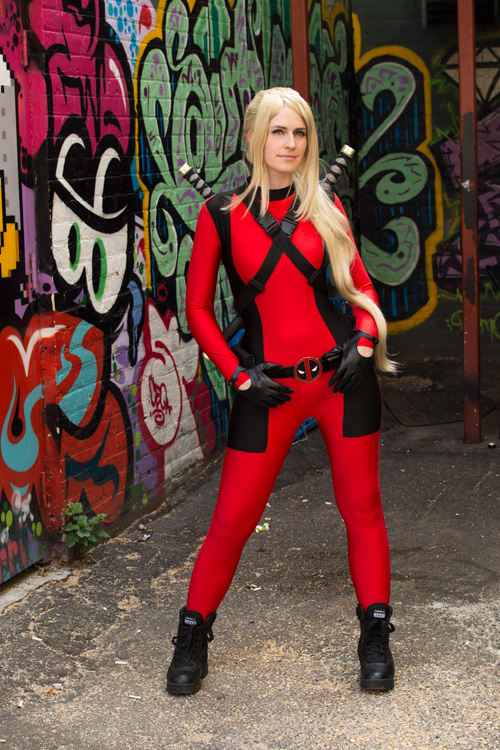Lady Deadpool  Spider Gwen Cosplay