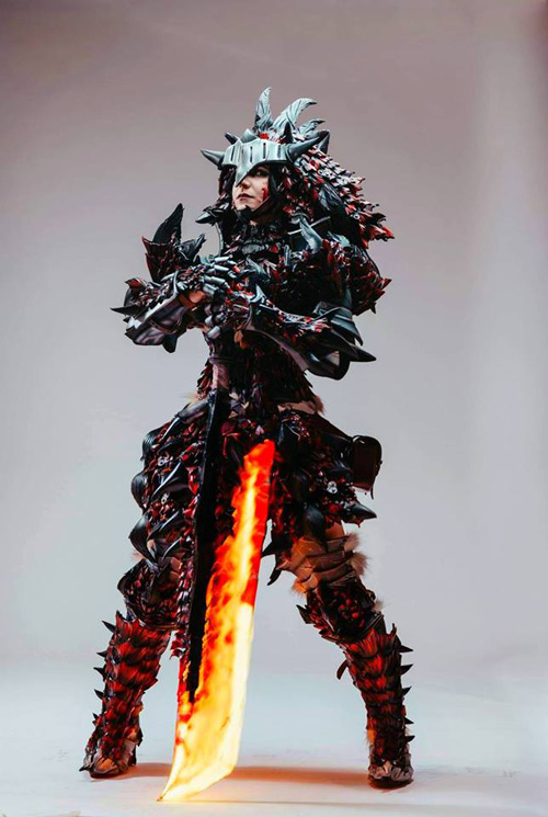 Rathalos from Monster Hunter World Cosplay
