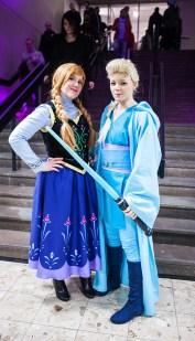 Frozen Jedi cosplay at Sci-Fi World