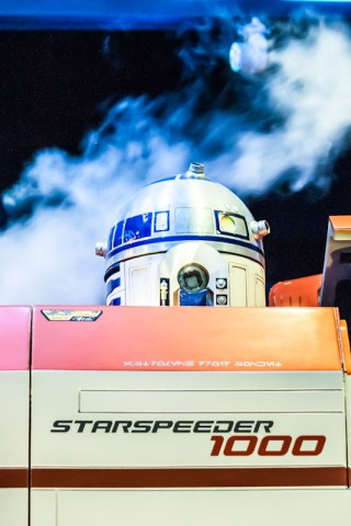 At least R2-D2 is still in the right spot. Copyright GeekyLibrary