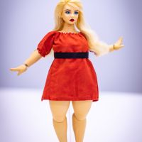 Curvy Girls Dolls Kickstarter for Plus Sized Balljoint Doll - Get the doll for just a $25 pledge!