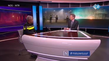 nieuwsuur de politie bereidt zich voor op een keiharde jaarwisseling max daniel nationaal commandant jaarwisseling als politiemensen zich bedreigd voelen kunnen ze overgaan tot het gebruiken