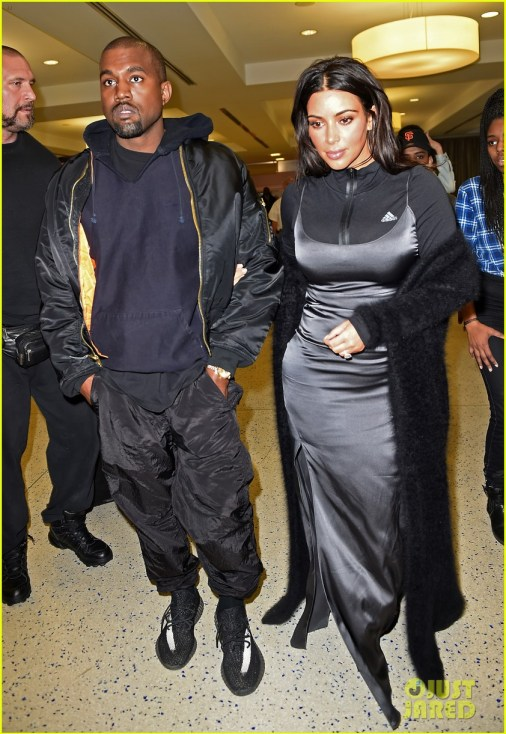 kim-kardashian-goes-workout-glam-for-flight-out-of-new-york-03