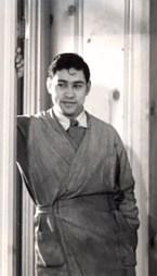 2 1939 Amando in studio