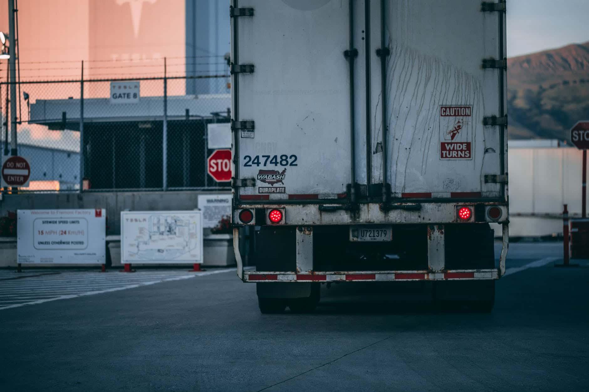 Was ist der Unterschied zwischen gewerblichen Verkehr und Werkverkehr?