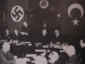 nazi_turkeymm