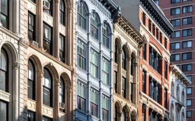 Manhattan Lags Behind Surrounding Area in Housing Sales