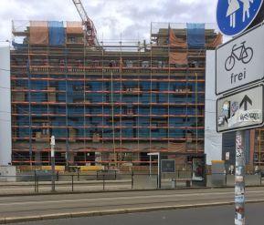 Graffiti am Hotel Astoria, Juli 2020