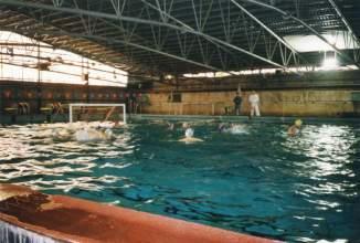 50-Meter-Becken unter fahrbarem Dach (1999)