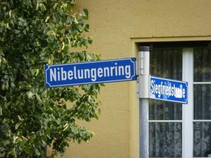 Am Nibelungenring