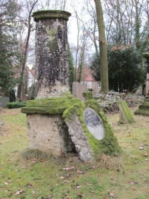 Cementerio de la iglesia Thekla
