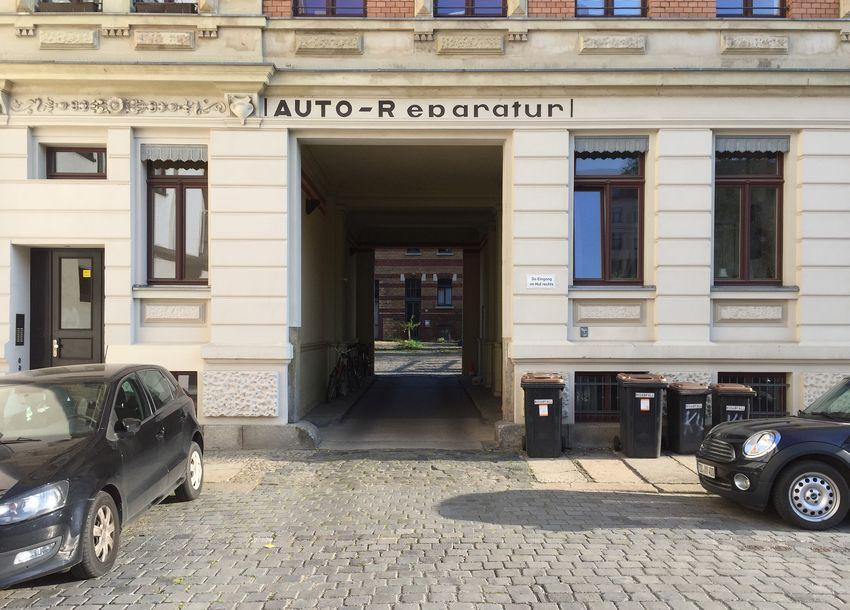 Auto-Reparatur am Körnerplatz