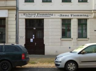 Flügel- & Pianohämmer, William-Zipperer-Straße