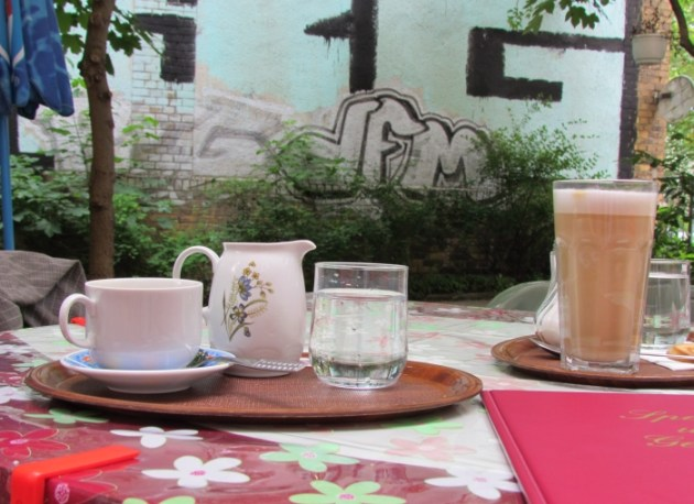 Kaffee Schwarz im Sommer 2012