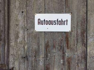 Autoausfahrt, gesehen in Rudolstadt
