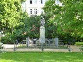 Hahnemanndenkmal im Promenadenring