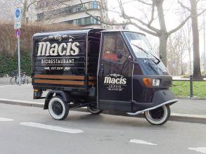 Macis-Dreirad in der Innenstadt