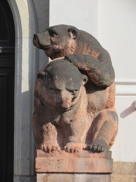 Bären in der Talstraße