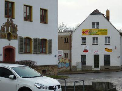 Dörflicher Giebel, Slevogt- / Ecke Friedrich-Bosse-Straße