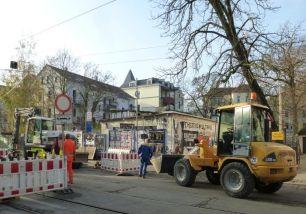Eingang von der Menckestraße aus