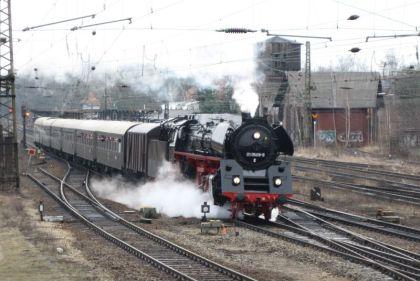 Dampflok in Leutzsch, März 2010