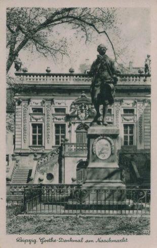 Naschmarkt mit Goethe-Denkmal vor Alter Börse